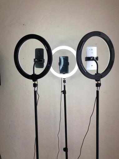 Imagen de Aro de Luz LED grande con trípode