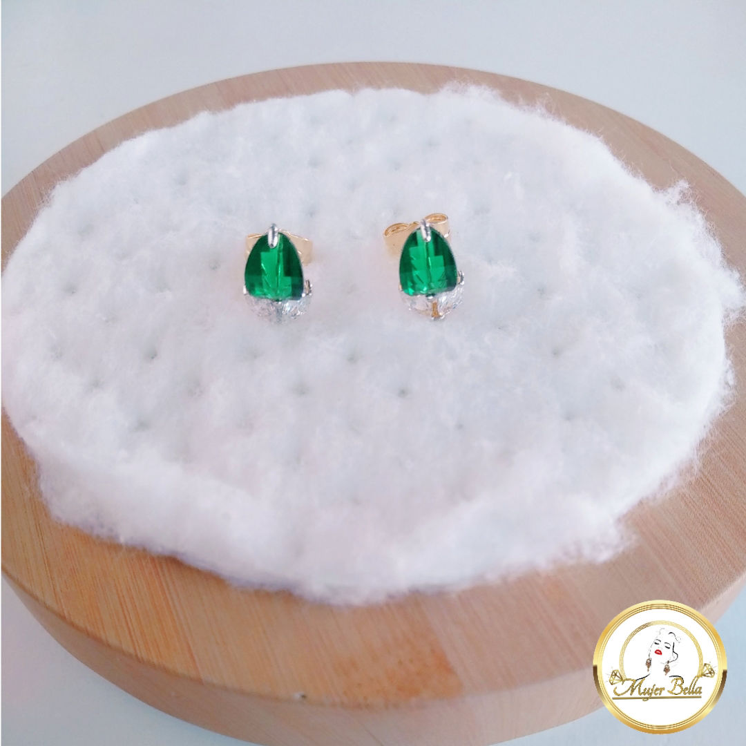 Arete de piedras verdes