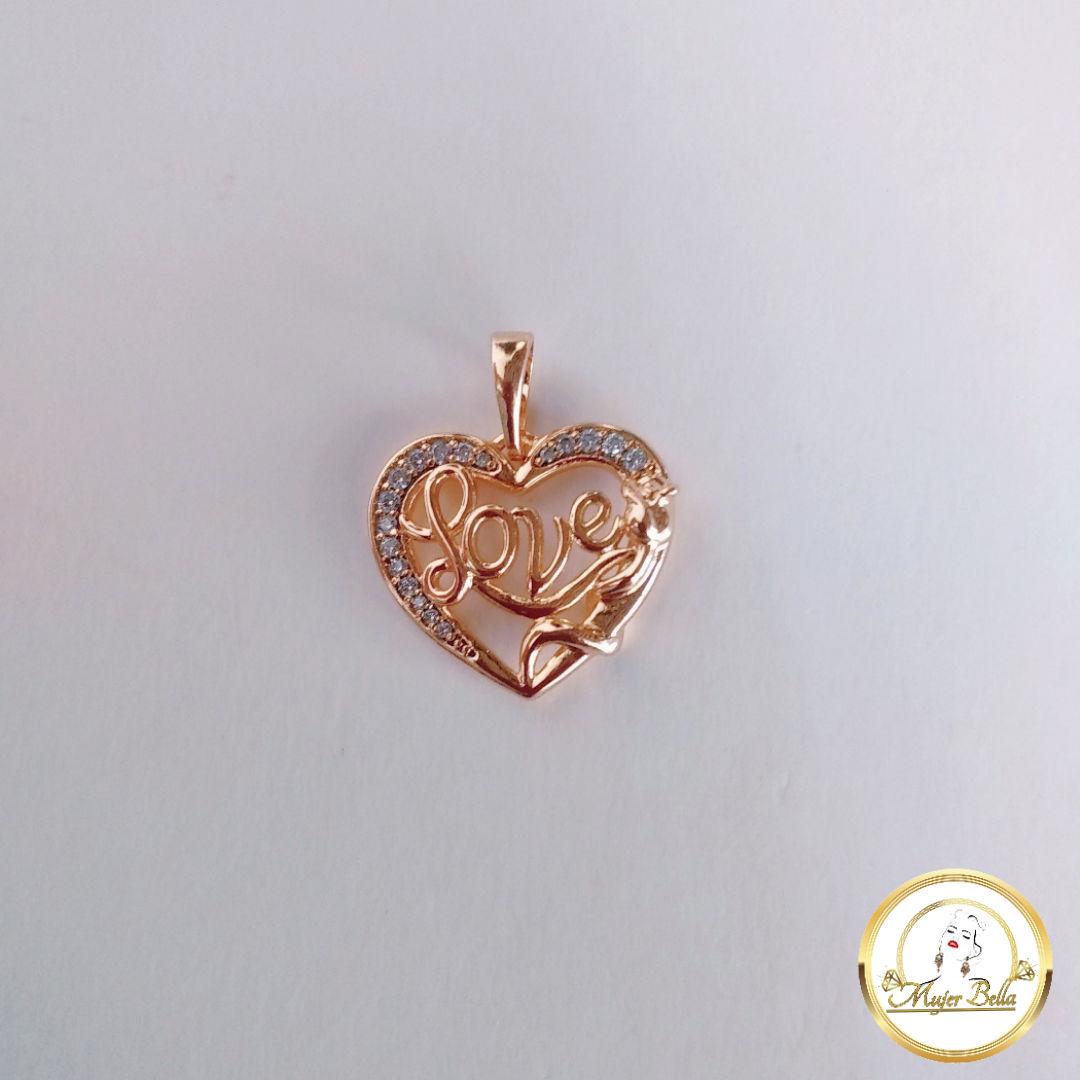 Dije de corazón con letras love [-$1.00 ]