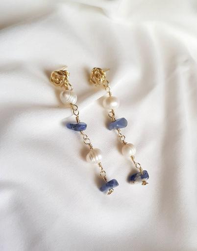 Imagen de Arete largo con base de rosita y perlas cultivadas