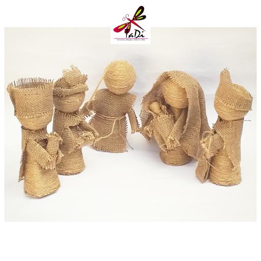 Imagen de Nacimiento Artesanal de Cinco Piezas