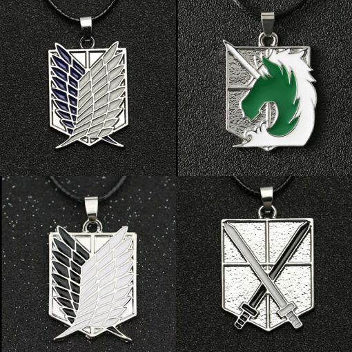 Imagen de Collar con medalla de acero inoxidable de escudos Attack On Titan (Shingeki no Kyojin)