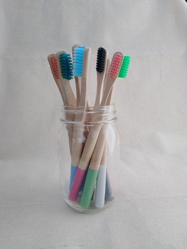 Imagen de Cepillo dental de bambú